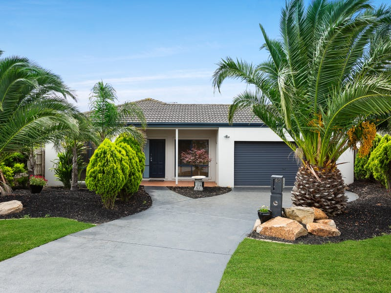 60 Country Club Drive, Safety Beach, Vic 3936