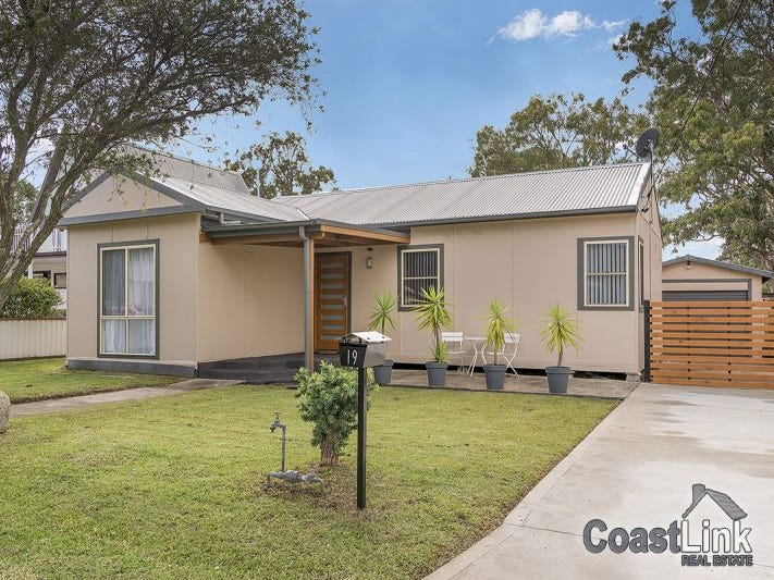 19 Wall Road, Gorokan, NSW 2263