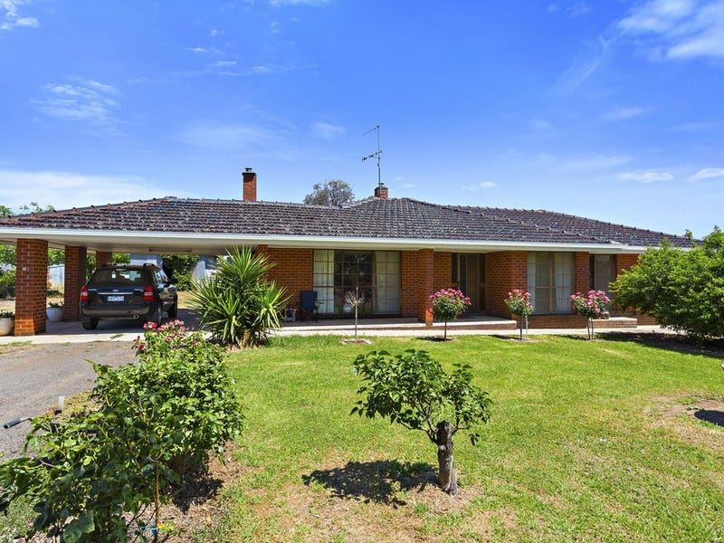 13 Recreation Road, Sebastian, Vic 3556