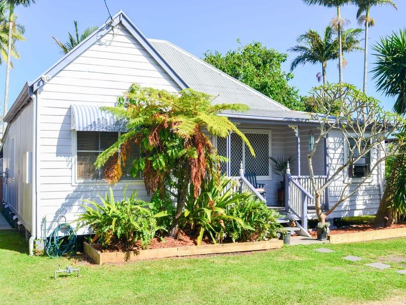 4 Church Street, Harwood, NSW 2465