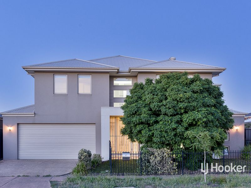 16 Mowbray Drive, Point Cook, Vic 3030