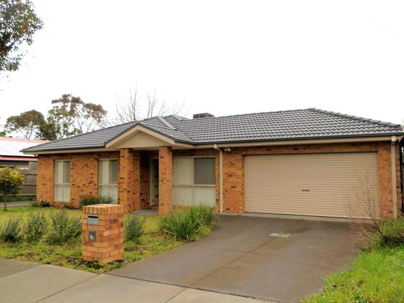 1/61 David Street North, Knoxfield, Vic 3180