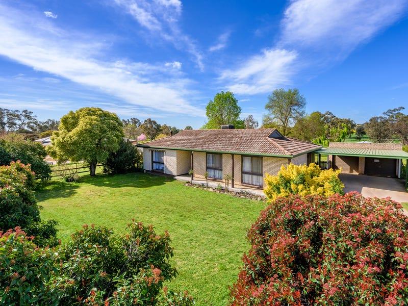 45 Urana Road, Burrumbuttock, NSW 2642