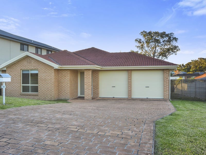 16 Royal Street, Worrigee