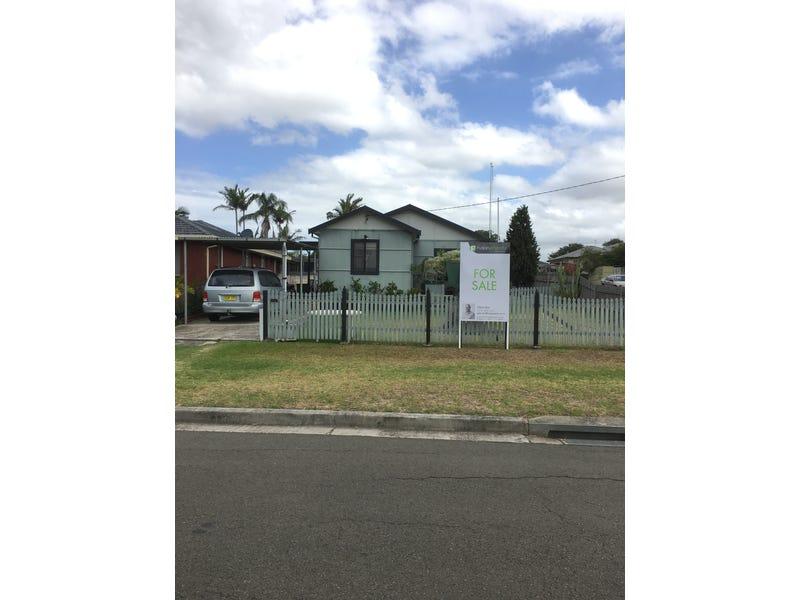 89 Parkes Street, Oak Flats, NSW 2529