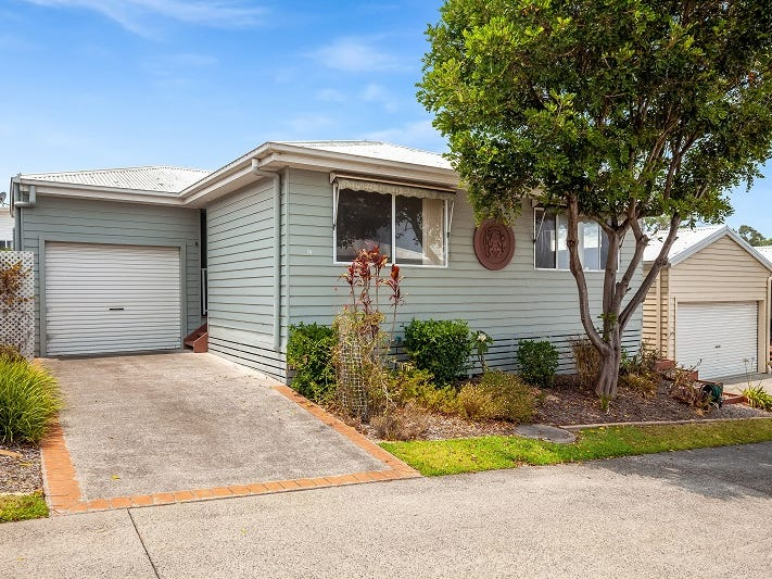 19/2 Saliena Avenue, Lake Munmorah, NSW 2259