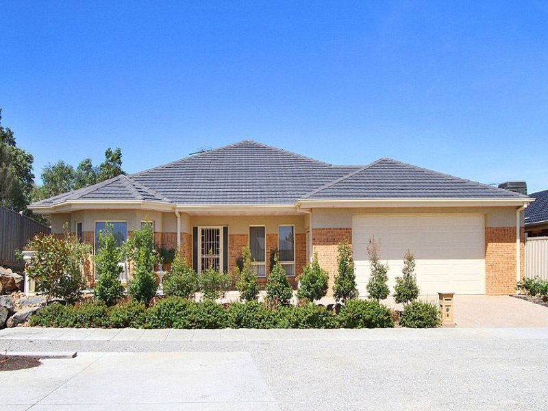 8 Hanton Place, Epping, Vic 3076