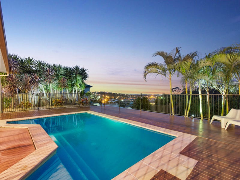 24 Wunburra Circle, Pacific Pines, Qld 4211