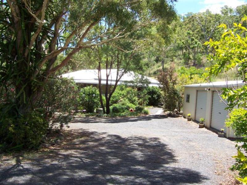 16 Rowland Court, Gowrie Mountain, Qld 4350