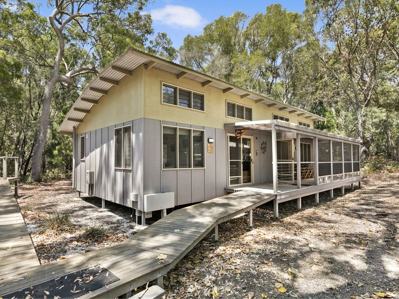 5306 Eco Cabin Couran Cove, South Stradbroke, Qld 4216
