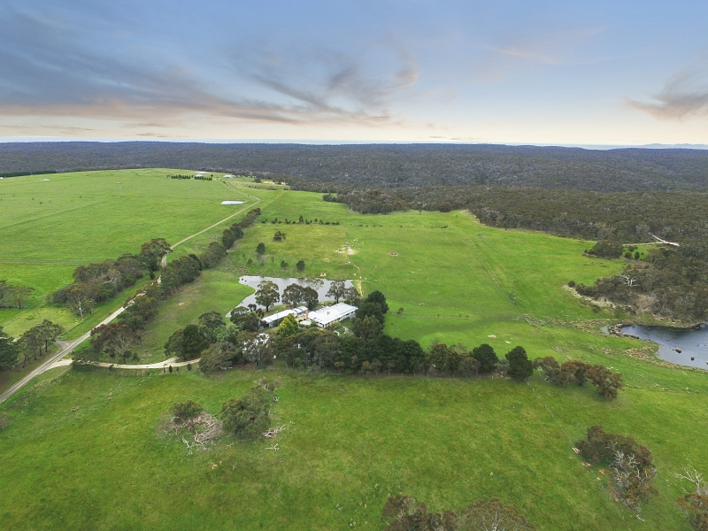 100 M Quigleys Lane, Beremboke, Vic 3342