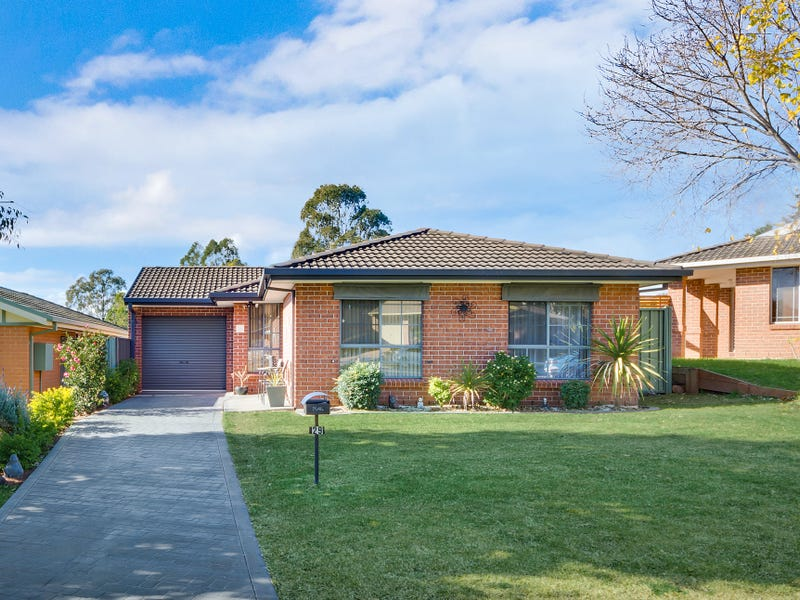 29 Gadshill Place, Rosemeadow, NSW 2560