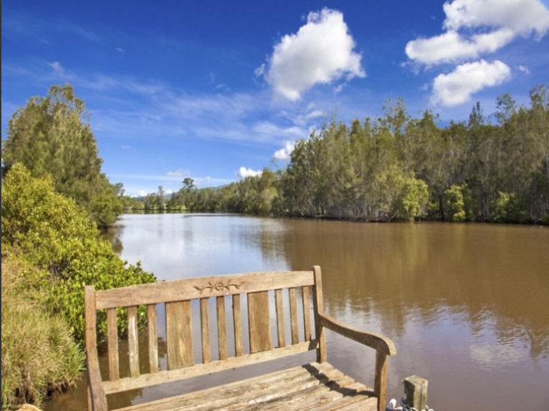 285 Locketts Crossing, Coolongolook, NSW 2423