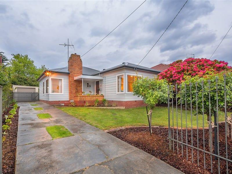 27 Napier Street, Black Hill, Vic 3350