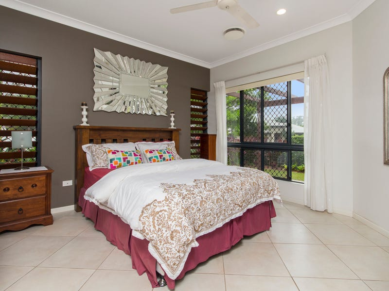 1 CHARNLEY Avenue, Bentley Park, Qld 4869