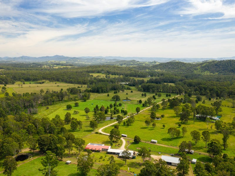 215 Careys Road, Hillville, NSW 2430