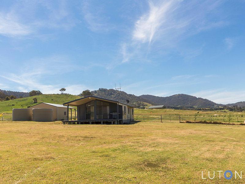 142 Macdiarmid Road, Burra, NSW 2620
