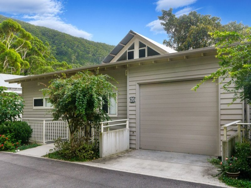 20/1 Railway Crescent, Stanwell Park, NSW 2508