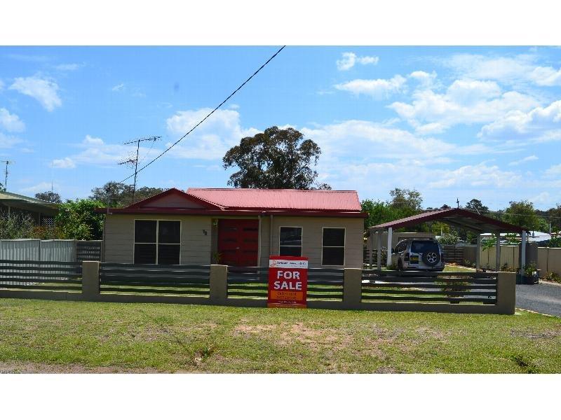 13 Church St, Gilgai, NSW 2360