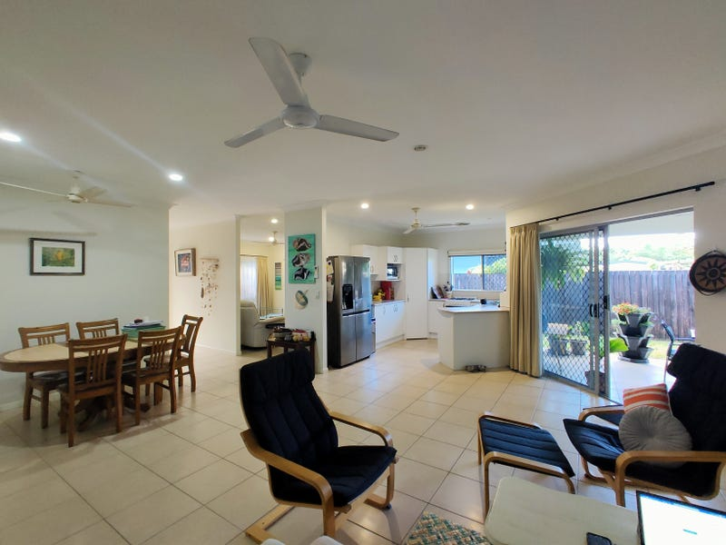 24 Mariner Dr, South Mission Beach, Qld 4852