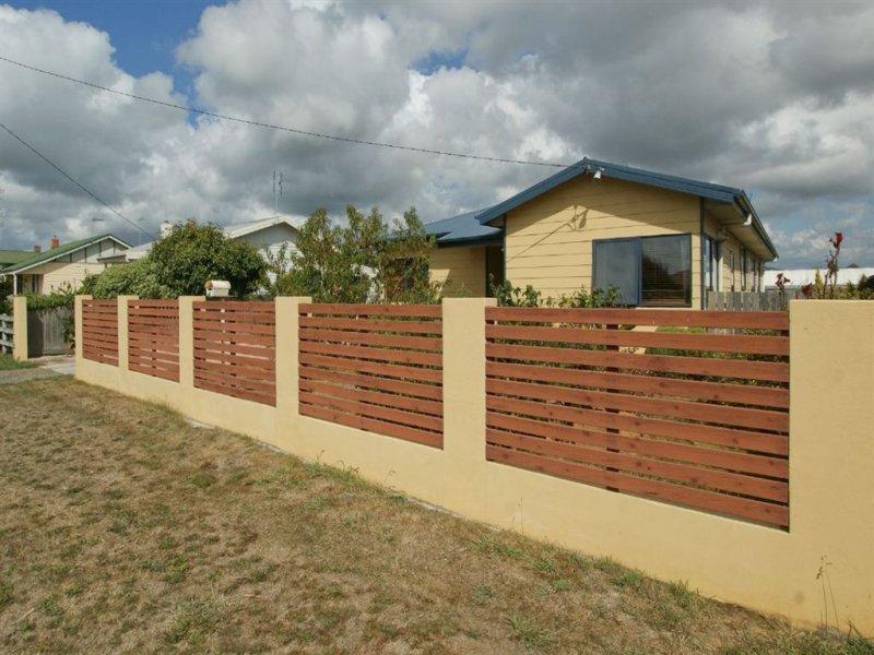 4 Wattle Road, Quoiba, Tas 7310