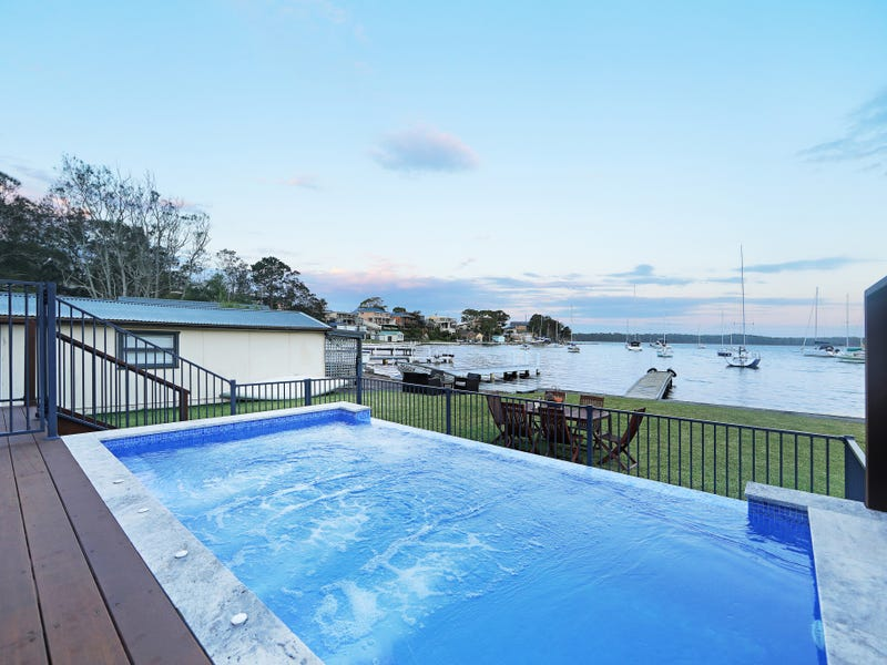 3 Waterside Avenue, Sunshine, NSW 2264