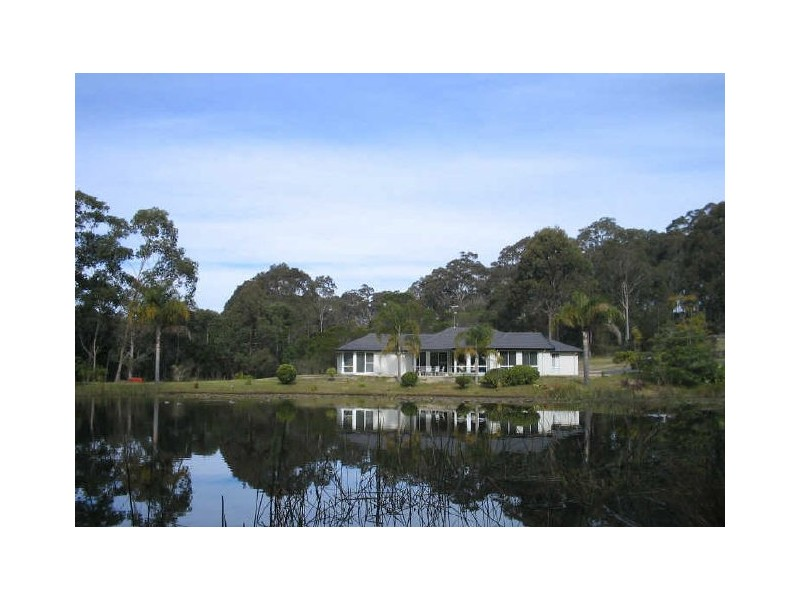 6 Brown Close, Moruya Heads, NSW 2537