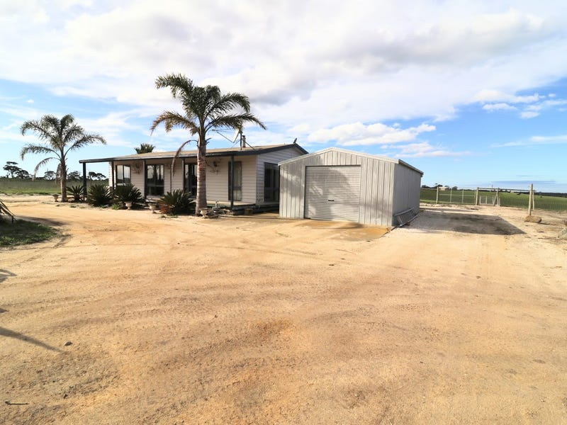 1384 Carrs Creek Road, Longford