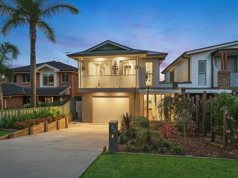 42 Jacana Grove, Heathcote, NSW 2233