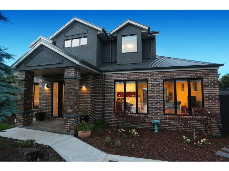 Unit 5/5 Plush Mews, Wandin North, Vic 3139