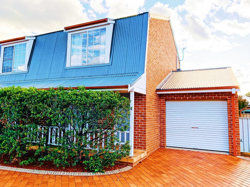 4/3 Gunn Place, Tamworth, NSW 2340