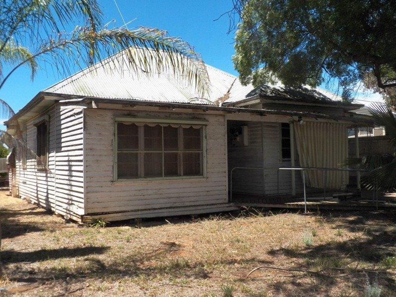 93 Mayall St, Balranald, NSW 2715
