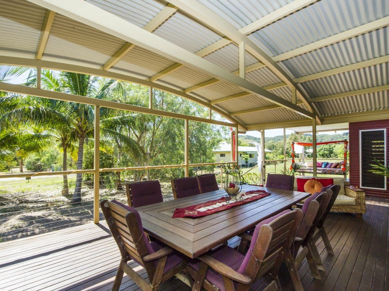 13 Wallaby Way, Horseshoe Bay, Qld 4819