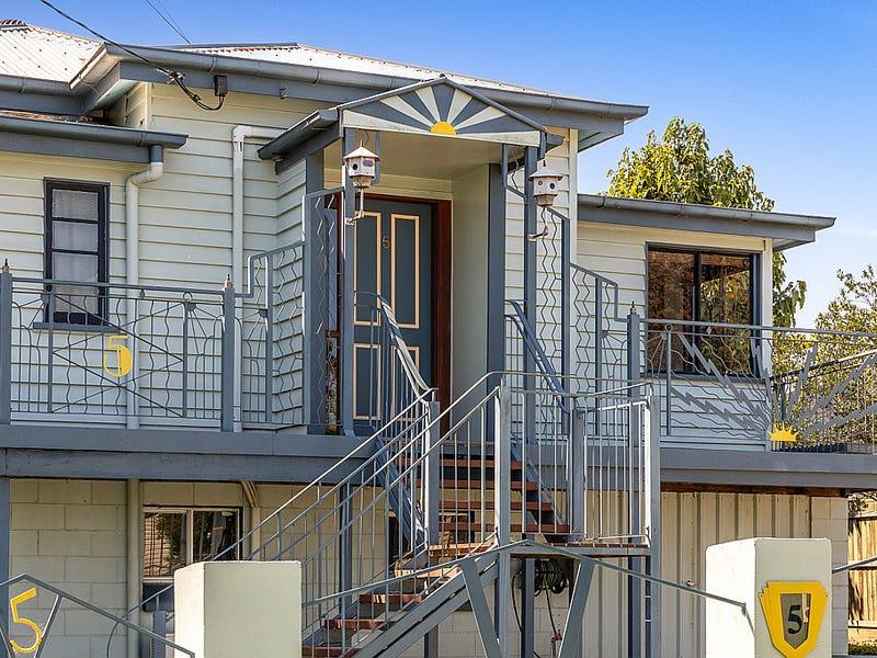 5 George Street, East Toowoomba, Qld 4350