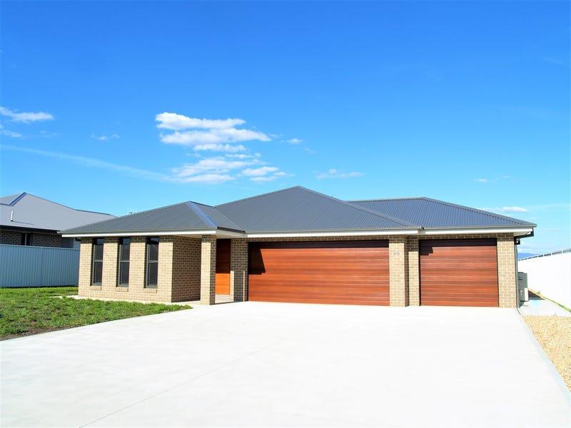 45 Lew Avenue, Eglinton, NSW 2795