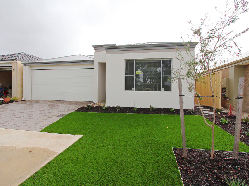 15 Sunridge Close, Caversham, WA 6055