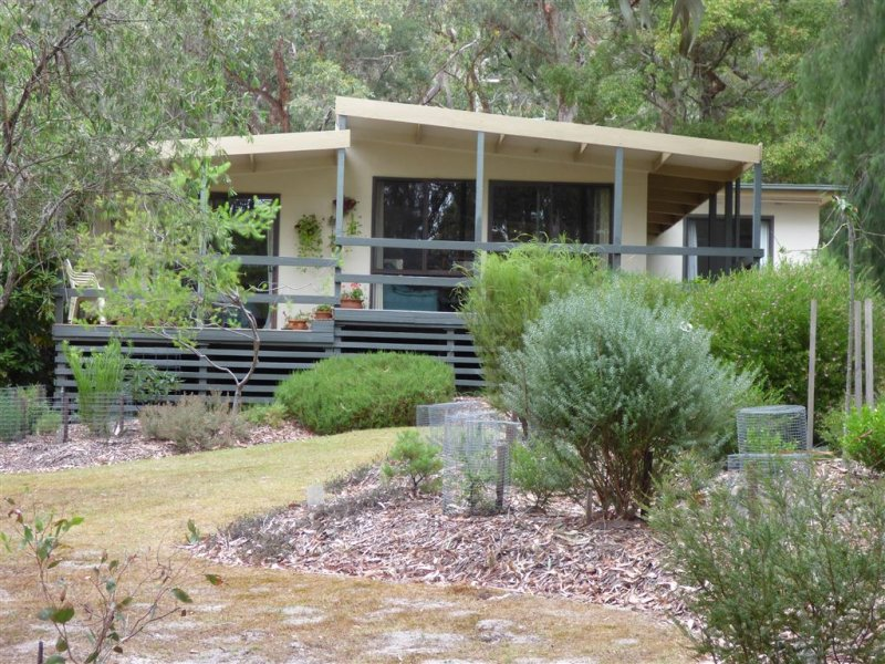 33-37 High Road, Halls Gap, Vic 3381