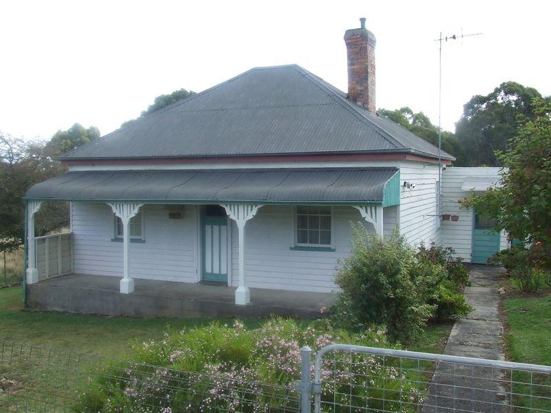 25 Alexander Street, Cornwall, Tas 7215