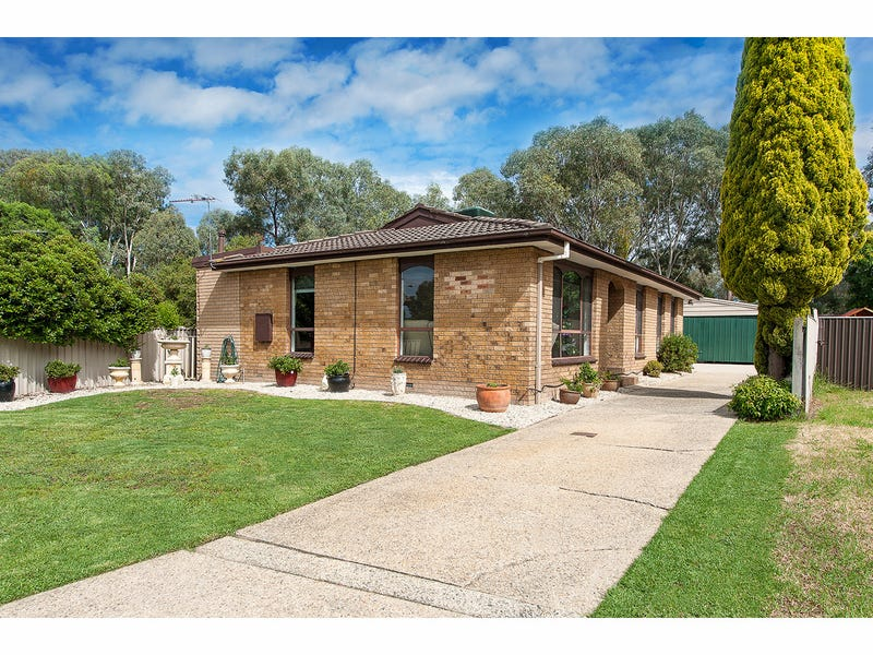 19 Lacebark Court, Thurgoona, NSW 2640