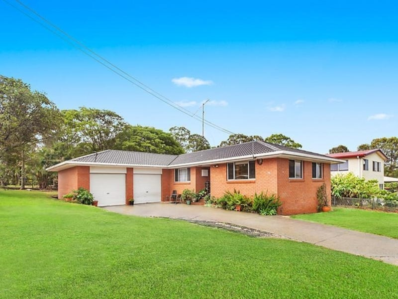 74 Woomera Crescent, Southport, Qld 4215