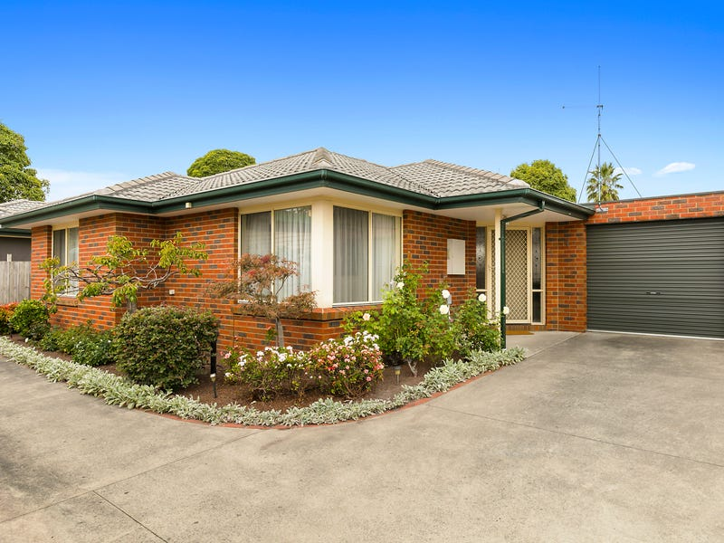Unit 2, 28 ROUGHEAD STREET, Leongatha, Vic 3953