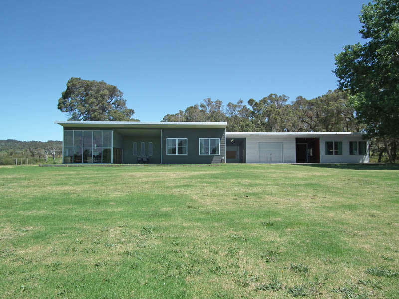 201 Lake Saide Road, Youngs Siding, WA 6330