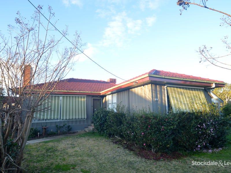 33 CRIBBES ROAD, Wangaratta, Vic 3677