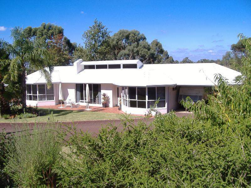 105 Mt Gambier Road, Casterton, Vic 3311