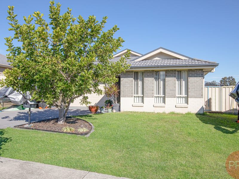 6 Sapphire Drive, Rutherford, NSW 2320