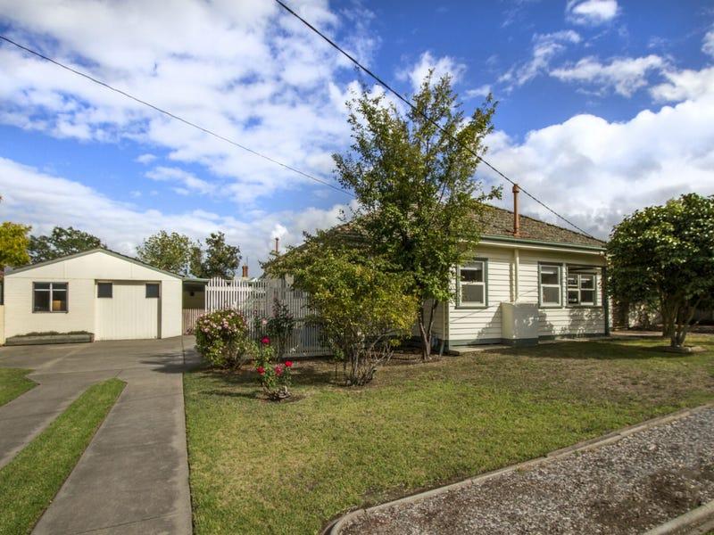 5 Carpenter Street, Maffra, Vic 3860