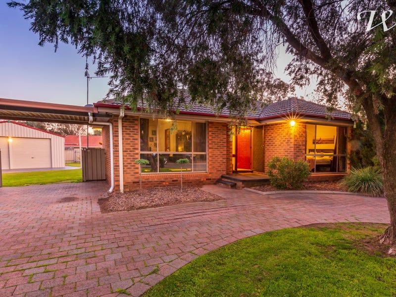 2 Gleneagles Crt, Thurgoona, NSW 2640