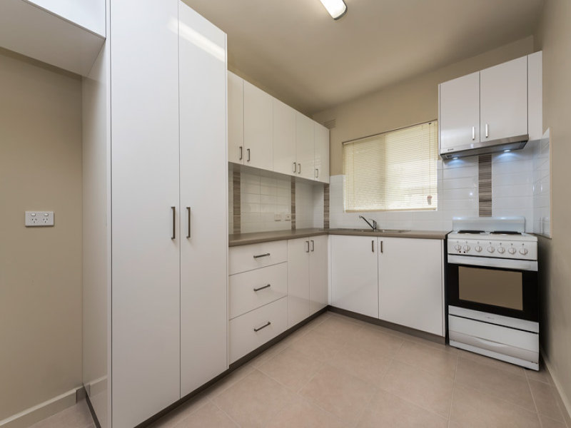 Unit 4/110 Central Avenue, Inglewood, WA 6052