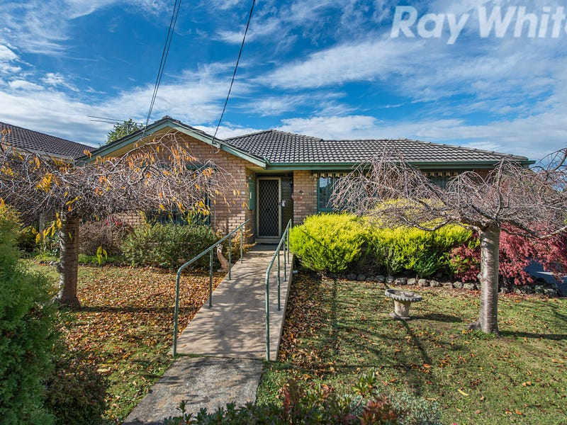 15 Tunbridge Way, Ferntree Gully, Vic 3156