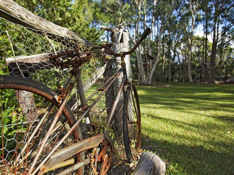 47 Watt Rd, Falls Creek, NSW 2540